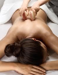 massaggio con conchiglie