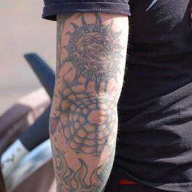 Prenderesi cura tatuaggi